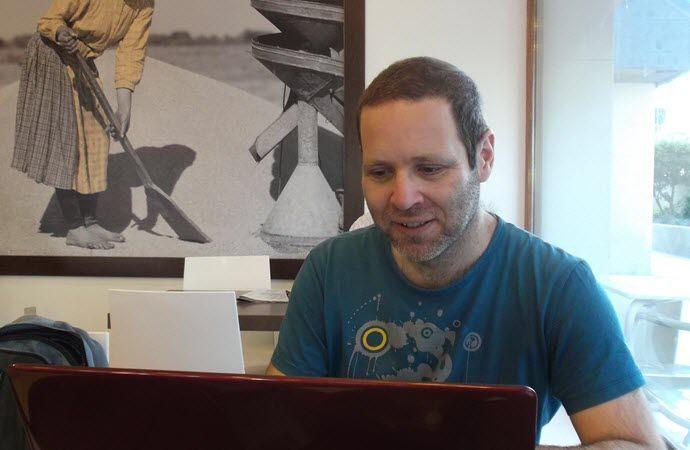 Oscar Ortega, profesor de español online en remoto