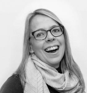 Lisa Graves - Remote Based Marketer & SEO